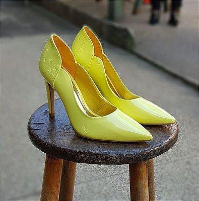 Sapato Scarpin Feminino Salto Verniz Amarelo Dom Amazona Cód 31