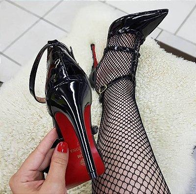 4a8db974a Sapato Salto Alto Estilo Valentino Dom Amazona Preto Verniz Cd 41