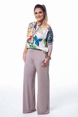 Conjunto Pantalona Kaqui T-shirt Estampa Floral Color