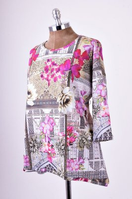 Blusa Ampla India Flores Básica