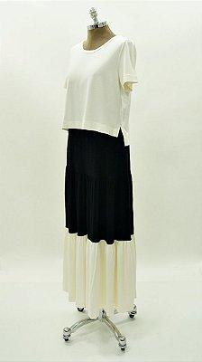 Conjunto de Saia Recorte e Blusa Cropped Preto e Off White