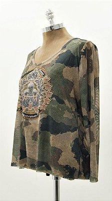 Blusa Tule Dupla Camuflada Com Aplicação Decote V