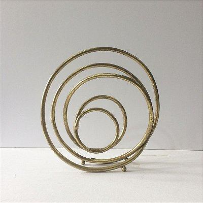Adorno Escultura Dourada