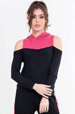 Blusa moletinho bicolor manga longa com recorte vazado e capuz