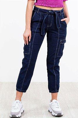 Calça jeans cargo com cinto dl urban