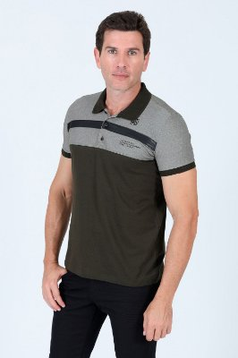 Camisa polo manga curta com recorte