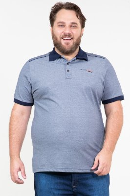 Camisa polo manga curta em piquet plus size