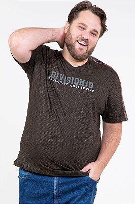 Camiseta manga curta com recorte plus size