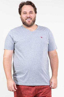 Camiseta manga curta básica plus size