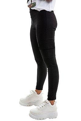 Calça skinny com bolso cargo em bengaline