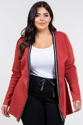 Cardigan alongado plus size
