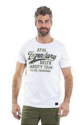 Camiseta manga curta com estampa camuflada legendary