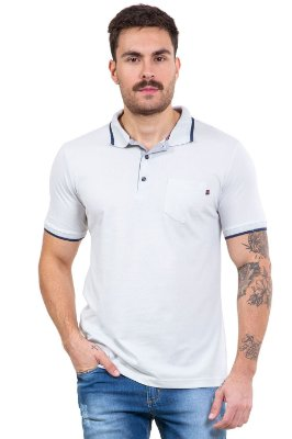 Camisa polo manga curta com bolso em piquet