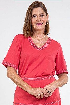 Blusa manga curta pesponto contrastante