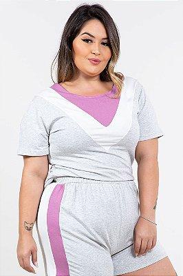 Blusa tricolor com recortes em moletinho plus size