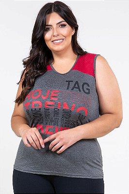 Blusa fitness com detalhe de tela no ombro