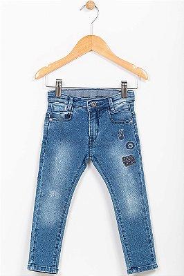 Calça jeans infantil skinny com bordado