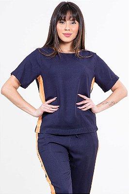 Blusa manga curta com recorte lateral