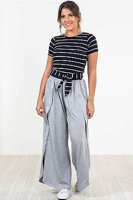 Blusa manga curta canelada com amarração