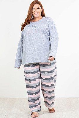 Pijama longo estampado mae de gato plus size