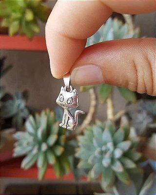 Pingente gatinha em prata envelhecida