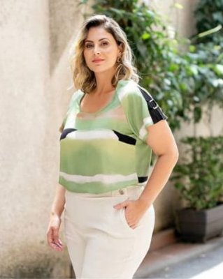 Blusa Viscose Estampa Tie Dye Plus Size
