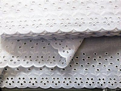 Tira Bordada 14,00 cm - 100% algodão branco | Peça com 14,40 m