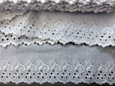 Tira Bordada 9,30 cm - 100% algodão branco | Peça com 14,40 m