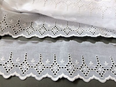 Tira Bordada 8,20 cm - 100% algodão branco   Peça com 7,20 m