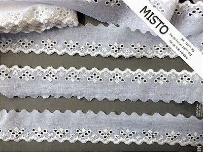 Tira Bordada 4,50 cm - MISTO 92% algodão 8% Poliéster branco | Peça com 7,20m