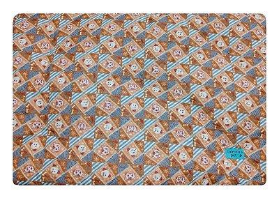Colchonete Impermeável Caes e Gatos Pequeno 0,65x0,45 Marrom