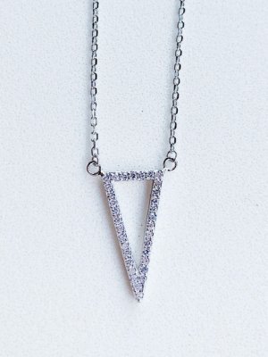 Colar Triângulo Prata Rodinada