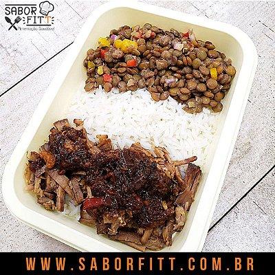 Carne Assada ao Molho Caseiro + Arroz Branco + Lentilha refogada ( 350 Gramas)