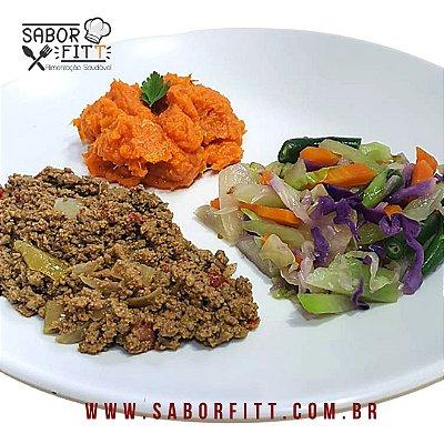 Carne Maluca + Purê de Abóbora + Mix de Vegetais Salteados (350 Gramas)