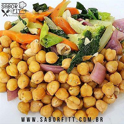 Grão de Bico Refogado no Azeite com Vegetais Salteados (250 Gramas)