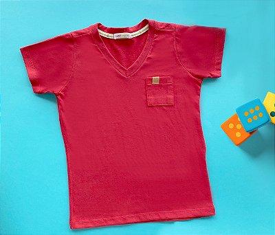 Camisa Gola V Com Bolso Cor Vermelha
