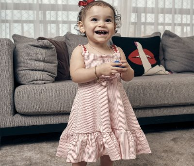 Vestido infantil Tecido Bengaline Com Listras Vermelhas