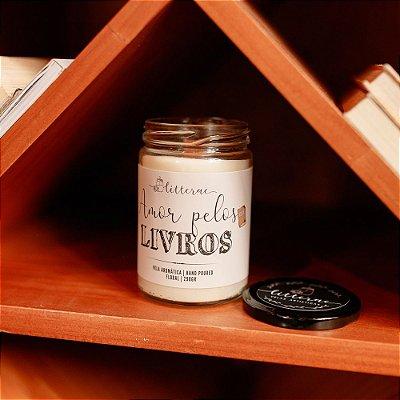 Vela Amor pelos Livros - pavio madeira
