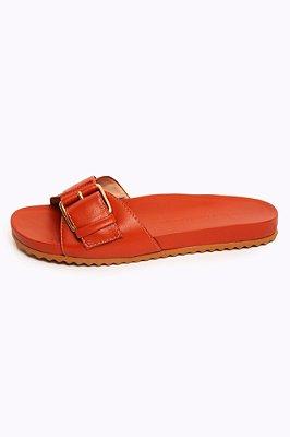 sandália flat fivela terracota