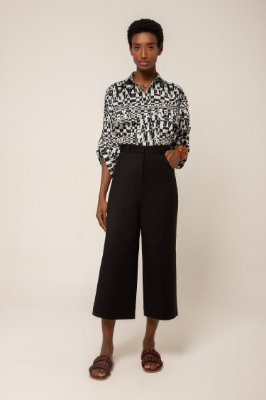 Camisa manga curta bolsos - PB