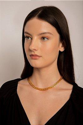 colar de corrente com elos torcidos ouro - OURO