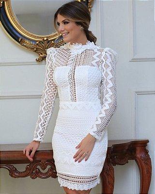 Vestido Off White em Guipir com Decote Costas