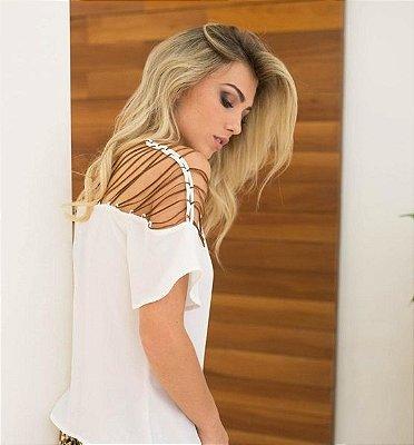 Blusa Branca com Tiras em Courinho