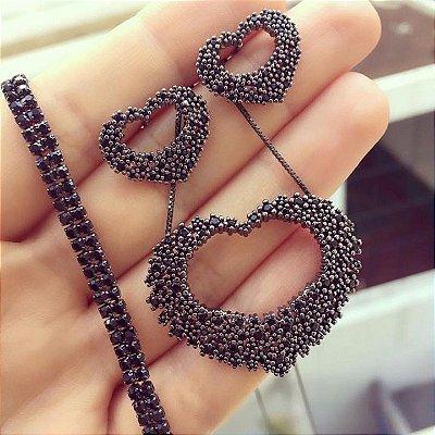 Brinco Coração Negro Cravejado