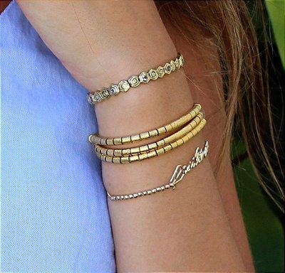 Conjunto pulseira com 3 tiras e pulseira polígonos