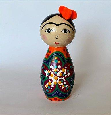 Boneca de madeira maciça Frida Orange