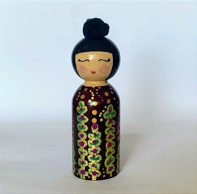 Boneca Kokeshi em madeira