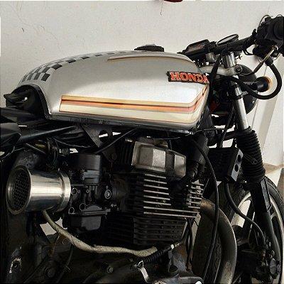Filtro de ar modelo Corneta para carburadores com encaixe 50 mm de diâmetro.
