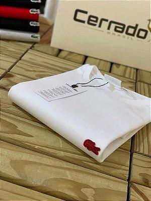 T-Shirt Básica LC Branca com Logo Vermelho