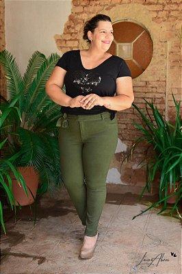 Calça Feminina Plus Size Cropped Sarja